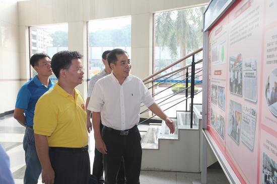 肇庆市国税局法治文化建设示范点申报项目获省检查组高度评价