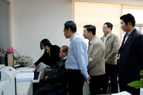 胡金木局长祝贺广东国税综合办公信息系统成功上线