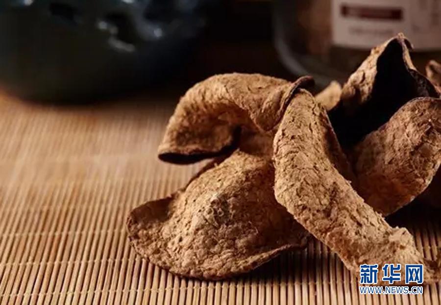 展出了:新会陈皮,鹤山红茶,珍香系列大米,簕菜系列产品,柑普茶.