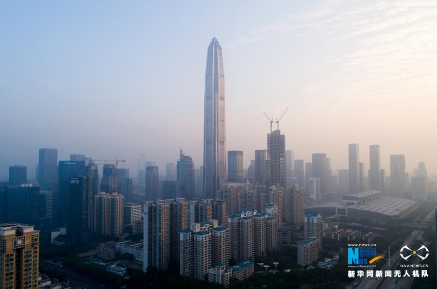 航拍深圳平安金融中心