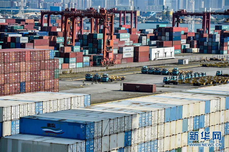 (經濟)(2)深圳港集裝箱吞吐量突破2500萬標箱
