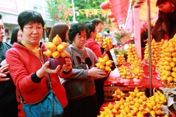 春节消费提醒:买年花、做头发、购票小心这些坑!