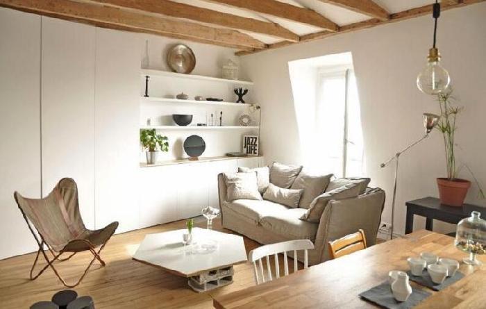 日式风格装修的特点是淡雅,简洁,整个家装布置会给人一种干净,舒适