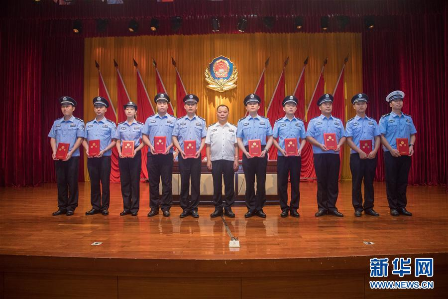 (請發廣東頻道)廣東中山警方展開夏季大練兵