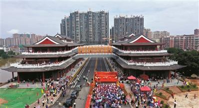 恒行注册:广东省首座多功能综合体廊桥竣工通