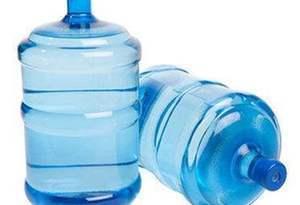 """桶裝水""""舊桶""""如何裝""""新水"""":使用超3年易滋生細菌"""