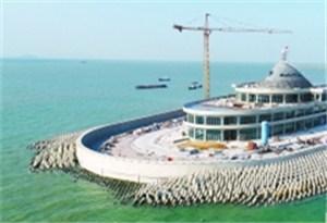 港珠澳大橋西人工島風帽封頂