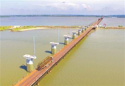 湛江東海島特大橋開建 預計2019年12月建成