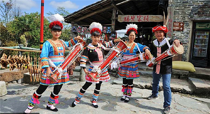 廣東清遠:千年瑤寨旅遊扶貧吸引年輕人回鄉創業