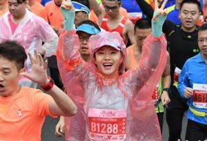 2017深圳國際馬拉松賽落幕