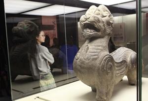國寶文物身價315億元,出趟差有多難?