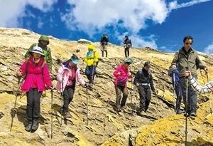 廣州10歲孩子完成環勃朗峰徒步
