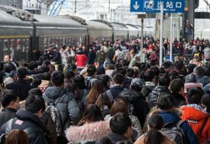 年初三广铁发送旅客121万人次 明日将迎返程客流高峰