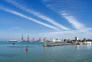 廣東湛江海安新港全面恢復通航 瓊州海峽北岸三大港口可滿負荷運轉