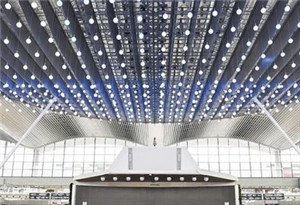 @廣州白雲機場旅客19日起,搭南航航班請走T2
