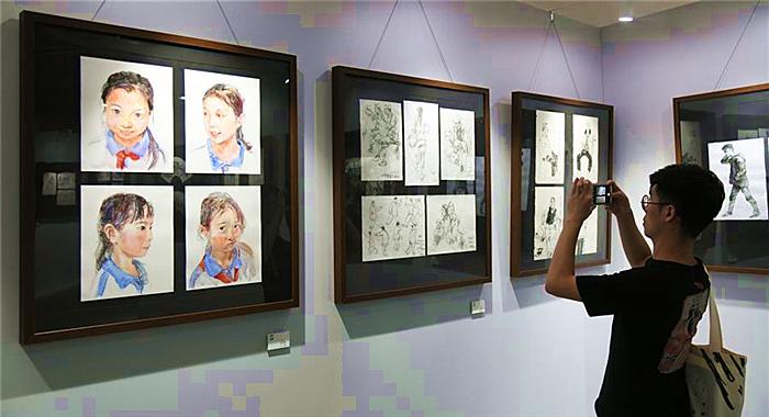 第四届广州速写作品展开幕