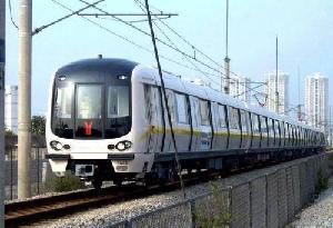 廣州地鐵八號線北延段聚龍站封頂