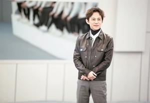 """何炅現身《聲入人心》 想給""""零公演成員""""演唱機會"""
