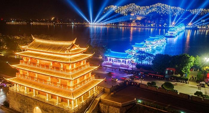 """【""""飛閱""""中國】俯瞰潮州""""夜太美"""""""
