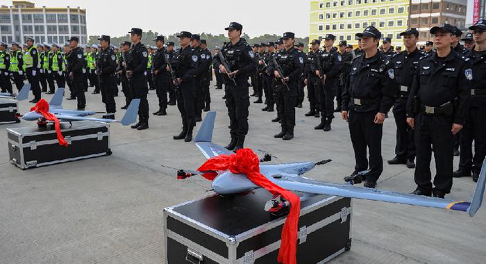 [直擊2019春運]廣東公安警用無人機投放春運安保