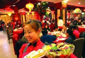 猪年春节钱花哪?黄金周零售、餐饮破万亿元