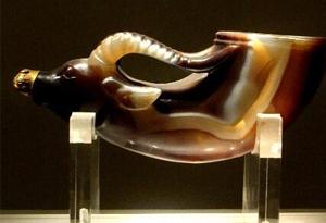 這個千年前的奢華酒杯,藏著哪些不為人知的秘密?