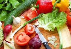 國民蔬果攝入量不足 專家建議每天吃夠一斤菜、半斤果