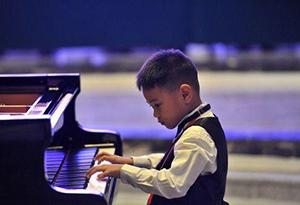 2019藝術與和平青少年鋼琴比賽在廣州舉行