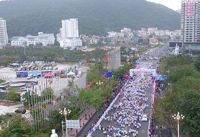 國際垂直馬拉松大師賽在深圳第一高樓舉行