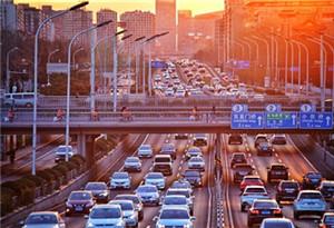 端午假期與高考第二天全國道路交通平穩有序
