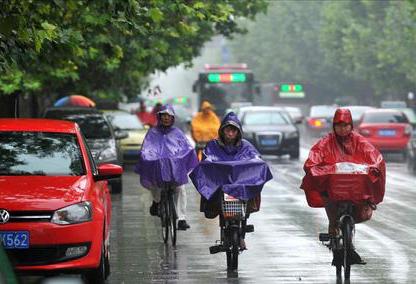 """節後""""龍舟水""""再度來襲 今明兩日全省多地將有暴雨"""