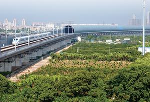 江湛鐵路開通一年運客1425萬人 高鐵助力粵西高速發展