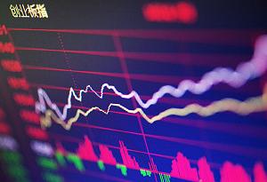A股全線回調 深市三大股指跌幅均超1%