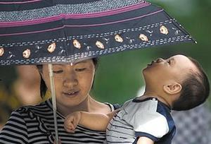 今年廣州35℃以上高溫天數或超一個月 為何這麼熱?