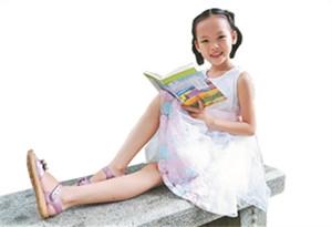 9歲女孩申雨霏成清遠最小作家 年內發表作品60余篇