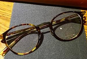 科普:黃色鏡片無助司機提升夜間視力