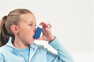 夏天也要防哮喘 冷暖刺激易發作
