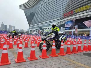 廣州交警奪得警用摩托車技能賽桂冠