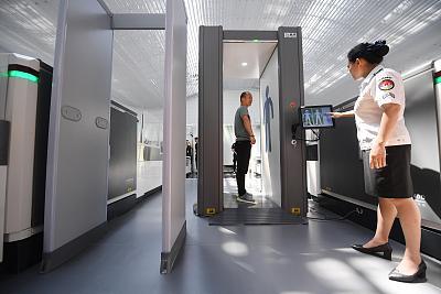 中國民航局在廣州白雲國際機場試點推動智慧安檢新模式