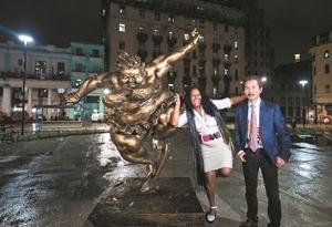 許鴻飛雕塑世界巡展亮相哈瓦那