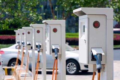 全國公共充電基礎設施保持增長 累計達138.2萬臺