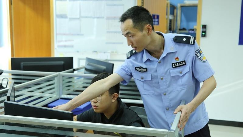 """粵警正能量丨刑警潘柱宏:15年練就刑偵""""工匠""""功夫"""