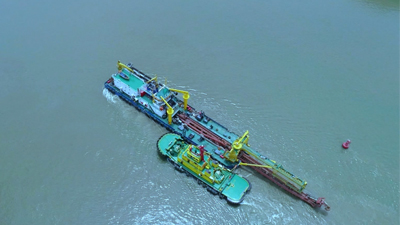 粵港澳大灣區超級工程再添深海施工利器