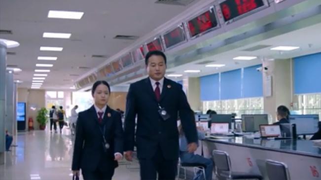 """廣州檢察機關兩位檢察官獲得""""全國十佳公訴人""""稱號 名列全國第一和第三"""