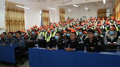 惠來縣公安局進企業開展禁毒、反詐和交通安全宣傳活動