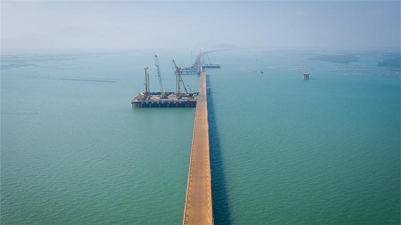 黃茅海跨海通道全線動工建設
