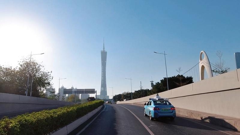 自動駕駛汽車開進廣州中心城區